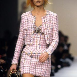 Iconic Chanel Vintage Spring 1994 Pink 94P Jacket
